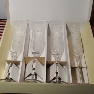 4 Lenox Asorted Graphics Crystal Flutes